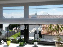 Czym lepiej udekorować okna – Firana czyroleta rzymska?